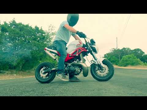 Honda CRom (grom copy) CR250 2 stroke first test ride.