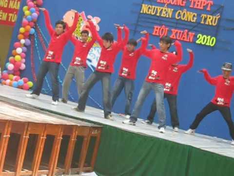 10A12 nhảy cổ động NCT high school 5/2/2010