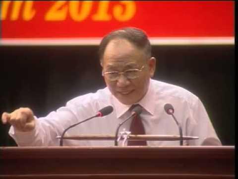 GS-TS HOÀNG CHÍ BẢO NÓI CHUYỆN VỀ TẤM GƯƠNG CỦA BÁC HỒ TẠI SƠN LA 01