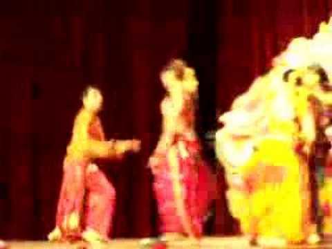 Akshay Kumar bags Appadi Podu