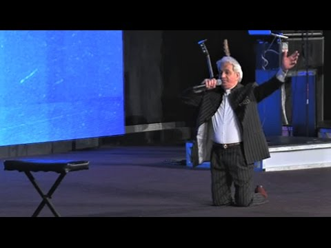 "Benny Hinn - ""Waiting"" Is The Hardest Part"