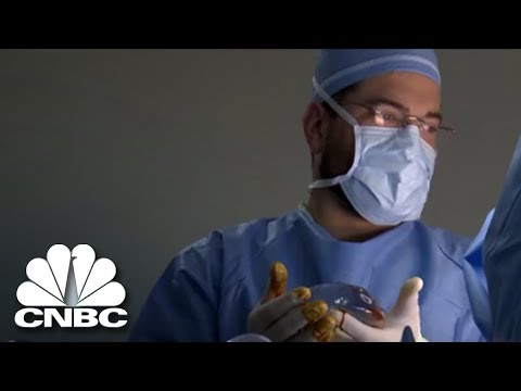 A Miami Plastic Surgery Practice Seeks A Social Media Manager   The Job  Interview   CNBC Prime