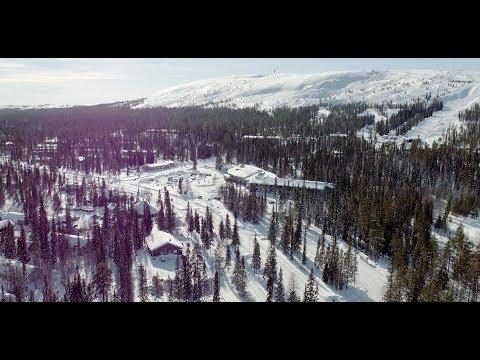 Luosto  -kylä Jalokivien Ja Ikimetsien Keskellä