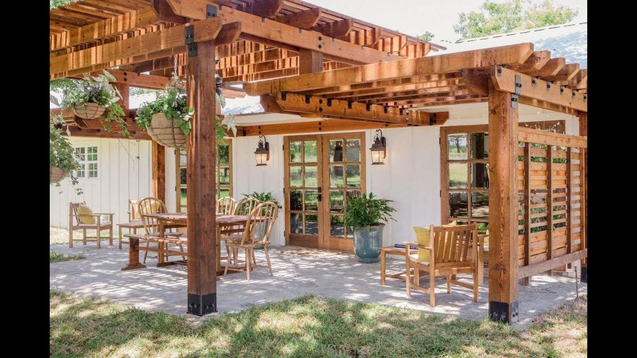 farmhouse landscaping ideas - backyard