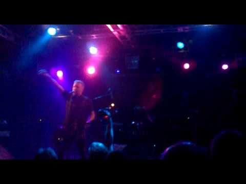 Peter Hook & The Light - Digital (Live @ Nosturi, Helsinki 25.3.11)