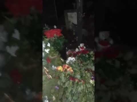 Кто-то поджег могилу Децла 😣. #децл #рэп #rip