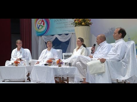Valuing Yourself (Panel Discussion) : Moderator Judy Johnson (G.S.) 14-11-2017 (ENG)