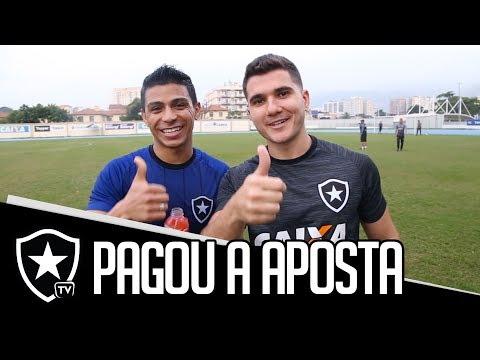 Renatinho pagou a aposta pra Botafogo TV