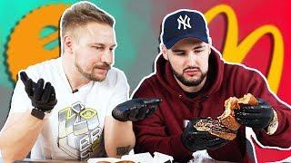 БИТВА БУРГЕРОВ - Гурмэ из Макдоналдс против Black Star Burger классика (с Костей Павловым)