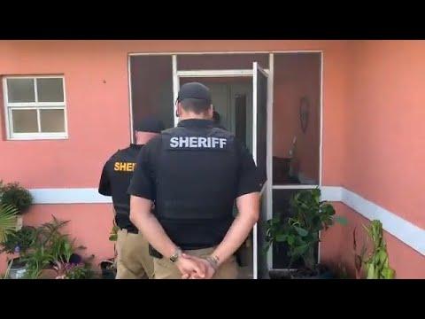 Deputies search home on Oakfield Avenue S