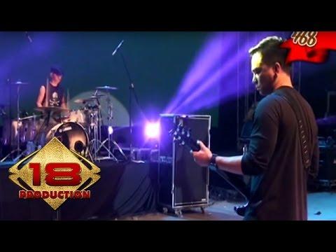 Ungu - Andai Aku Bisa  (Live Konser Semarang 9 Mei 2015)