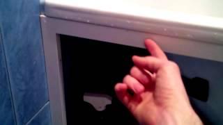 Экран под ванну как правильно установить. Проверено 8 лет.(Легко СЭКОНОМЬТЕ на строительстве своего дома http://stroyimdom.com/kniga2.html Экран под ванну как правильно установить...., 2014-02-18T18:26:24.000Z)