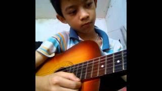 Cháu lên ba guitar solo