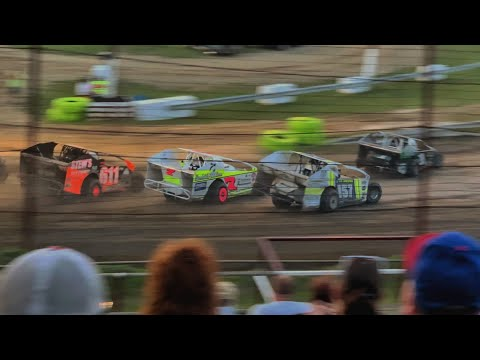 358 modified at Grandview Speedway June 8, 2019!