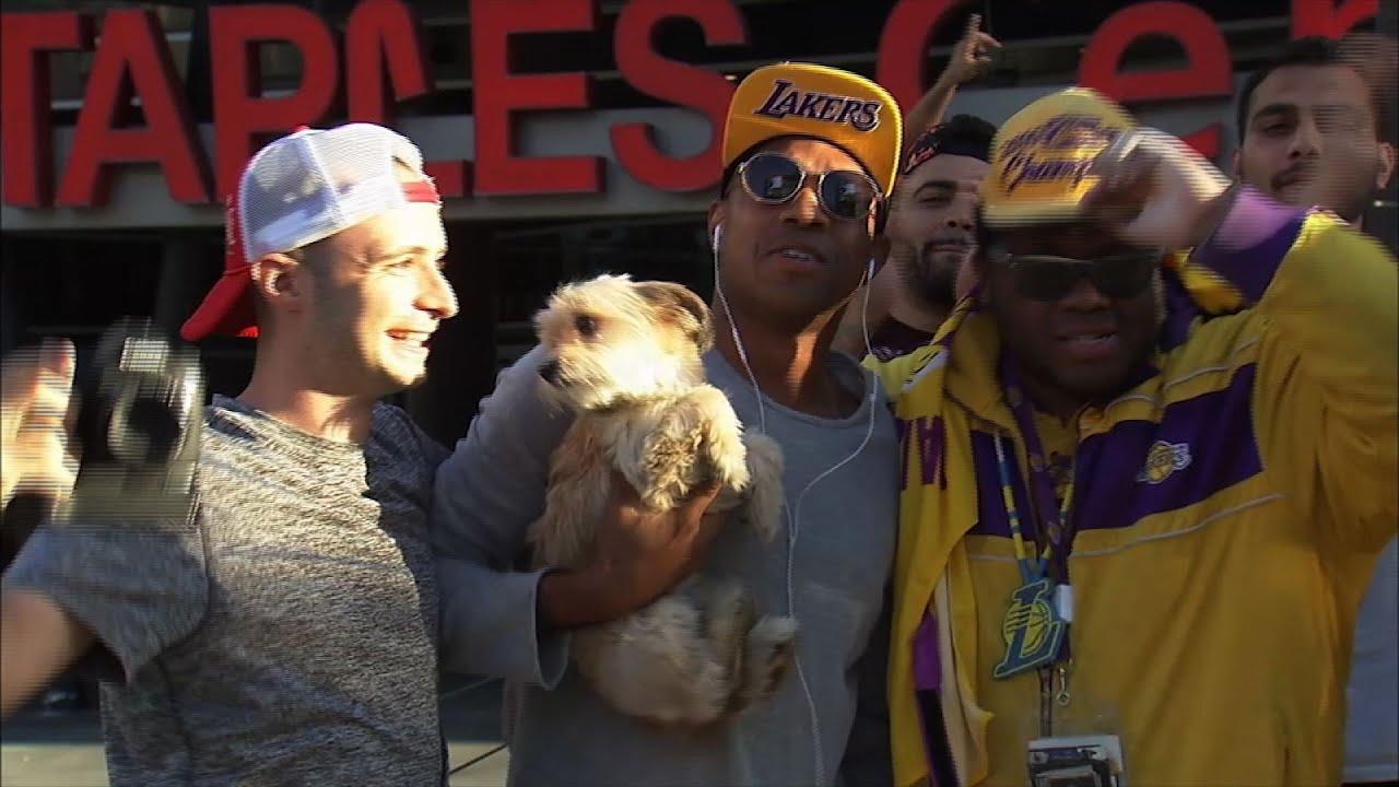 discount sale c2a6c 7bc1a Lakers Fans Celebrate Lebron James  Move To L.A.