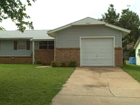 3/1 Charmer In Midwest City Oklahoma. Just Needs A Little TLC!
