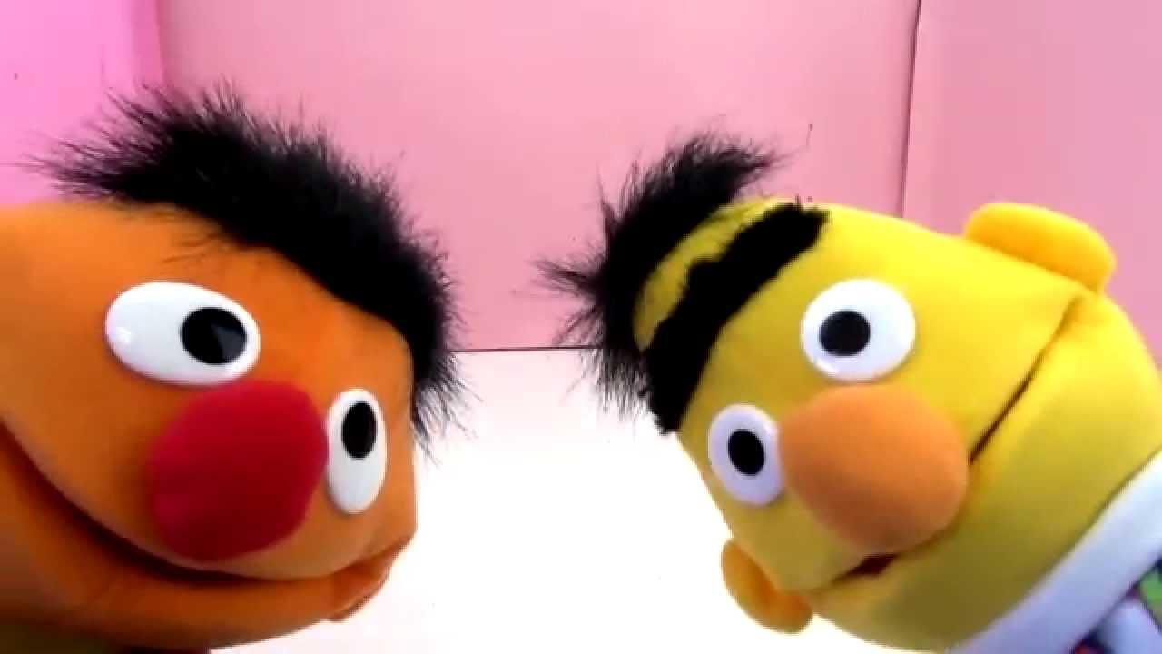 840d3576f0 Ernie und Bert Sesamstraße Puppe Vorstellung / Review / Ernie und Bert  Handpuppen deutsch