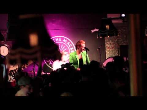 La Roux Performs 'Sexotheque' At Jack Rocks The Macbeth