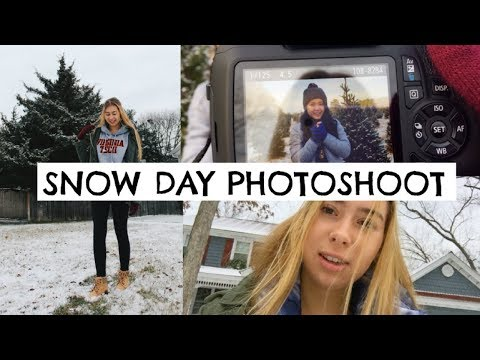 TAKING PICTURES IN THE SNOW!!