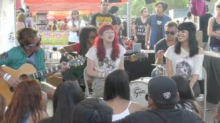 Vans Girls: Mr. Downstairs Acoustic at Warped Tour Thumbnail