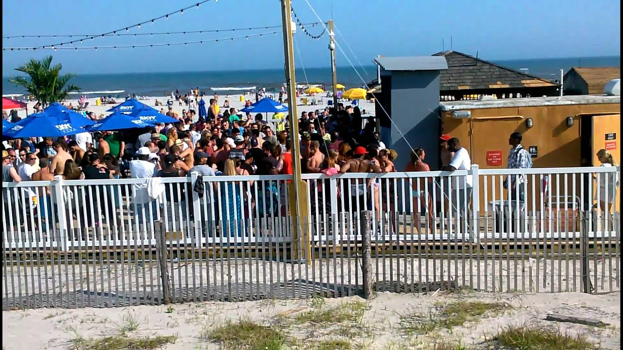 Bally S Beach Bar 5