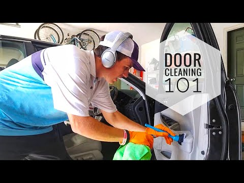 Detailing 101: How I clean an interior door!