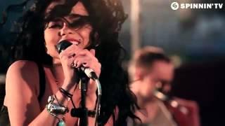 INNA - Un Momento (Rock The ROOF - Mexico City).flv