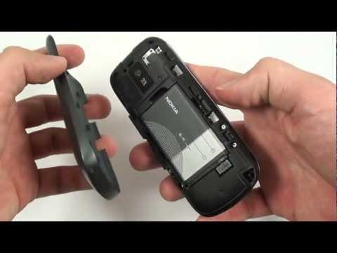 Nokia Asha 203 - design a konstrukce