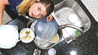 DISASTER KITCHEN NIGHTLY RESET // CLEANING MOTIVATION // CLEANING MOM