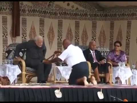 pm-modi-gets-a-traditional-fijian-yaqona-welcome-in-fiji