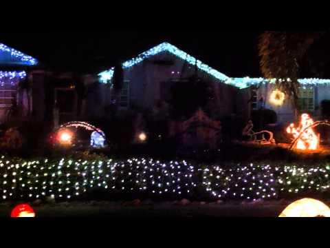 Marco Island Christmas Lights & Display Music over FM Radio