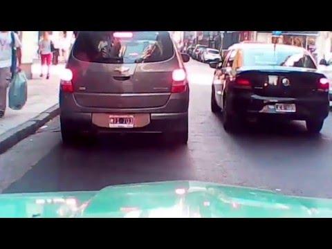 RASTROJERO - Osvaldo Cabral 20160223 Con Federico Bava en rampa estacionamiento de Capital Federal