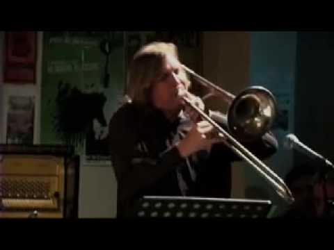 Walt Weiskopf à la Mezzanine - Churchbells ... Awa...