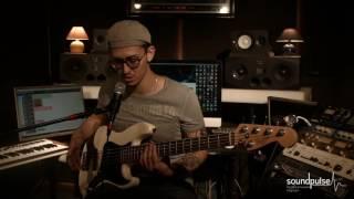 Уроки игры на бас гитаре. Как разнообразить музыку?