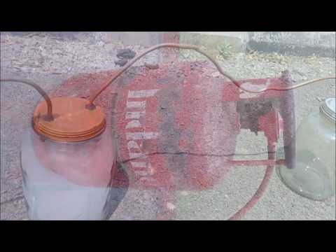 Generating of petroleum gas from plastic waste