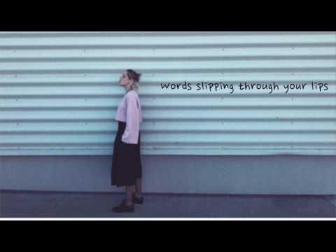 Emma Drobná - Words (Lyric Video)