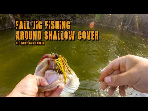 Bass Fishing in Shallow Water with Jigs!