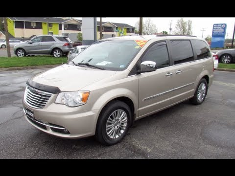 2013 Chrysler Town & Country Touring-L Walkaround, Start Up, Tour And Overview