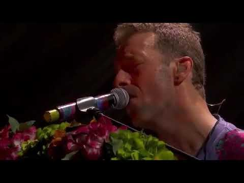 Coldplay Minneapolis - Prince Raspberry Beret Cover Live 12 Aug 2017