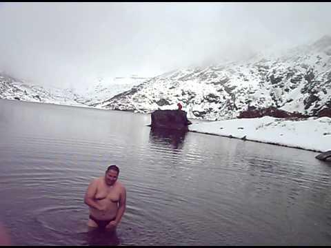 dive in changu lake
