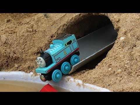 Thomas and Friends trains toy Learn Colors | Learning Video for Children