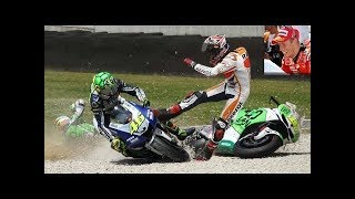 Download Video Marc Márquez & Valentino Rossi TOP 10 Crash MotoGP! MP3 3GP MP4