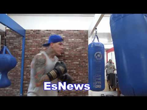 Brandon Rios Reaction To Victor Ortiz Being Way Over Weight In Pic EsNews Boxing