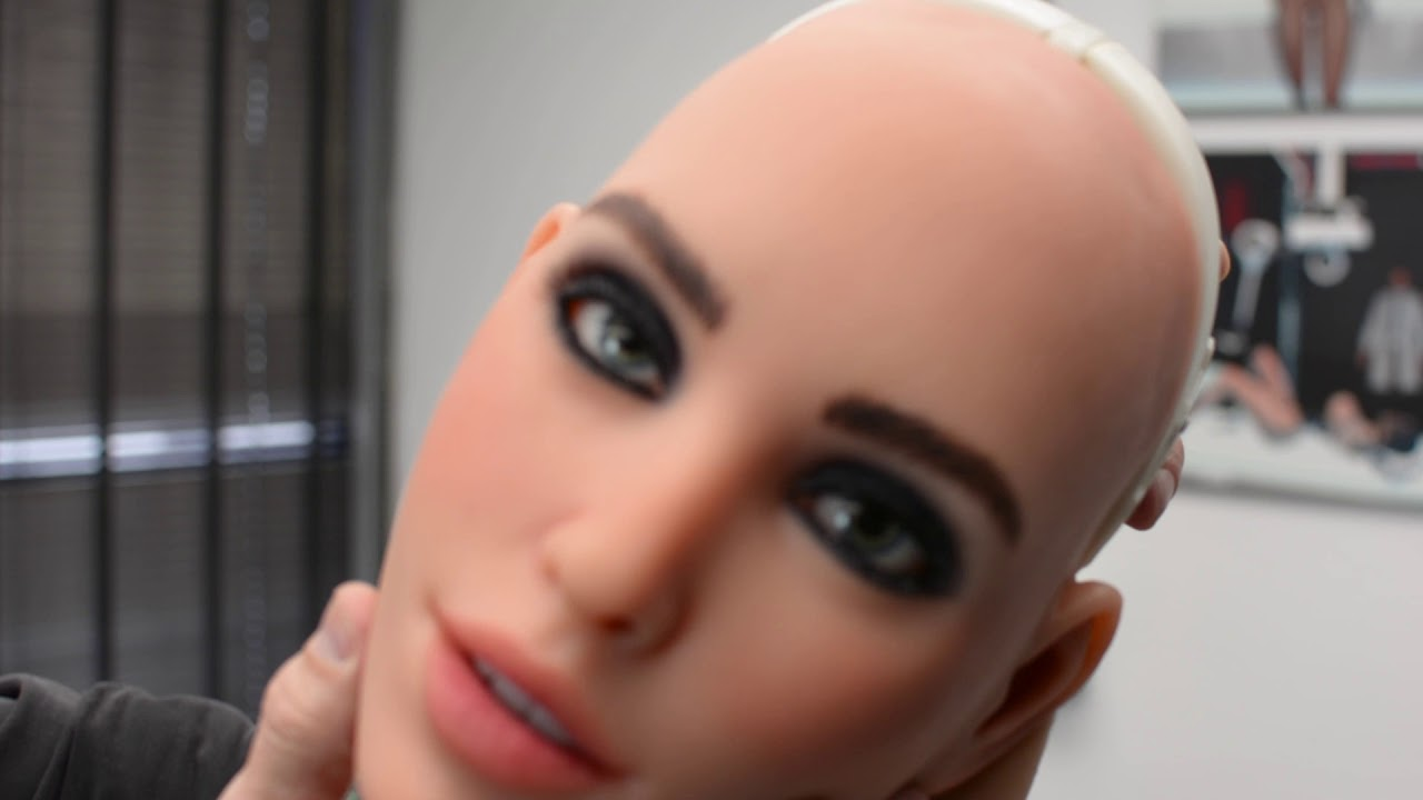 Oral Sex Demonstration realdoll video reveals how to install robotic head and oral