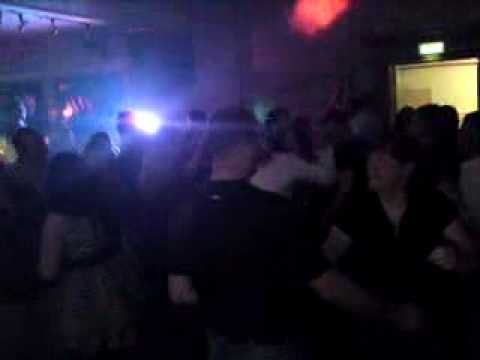 Serpentine Parade - Chasing cars - Live from the Gordon lennox club - oct 2009 Merthyr Vale.
