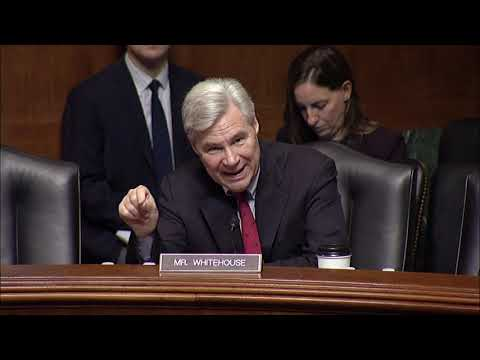 Sen. Whitehouse Questions Apple and Facebook About Data Encryption Dangers