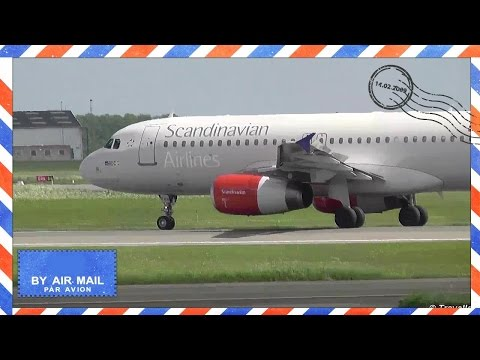 Close up of SAS Airbus A320 arriving fom Barcelona at Copenhagen - Flyvergrillen - OY-KAW - SK1586
