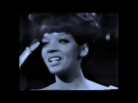 The Crystals [The Blossoms] - Hes A Rebel [1963] [MP4]