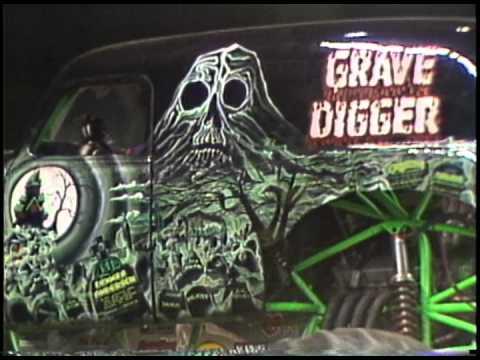 monster jam grave digger monster truck 30th anniversary
