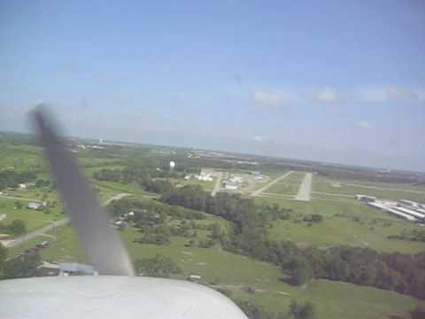 Touch & Go's at Pearland Regional Airport (KLVJ) in a C172, Video 2